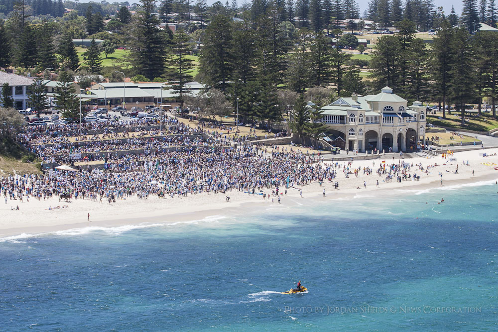 No Shark Cull Rally Cottesloe.